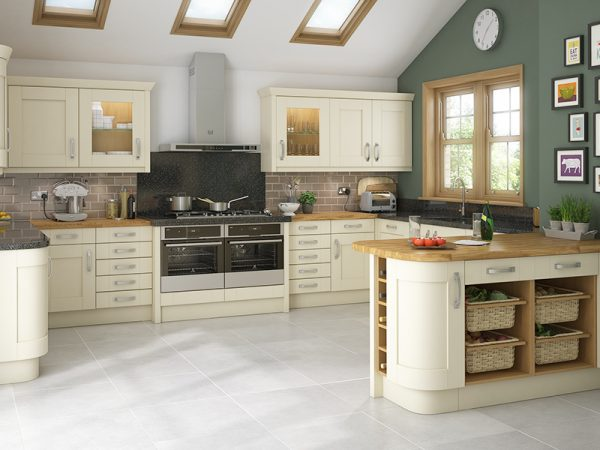 11 Shaker Malton Kitchen in vanilla