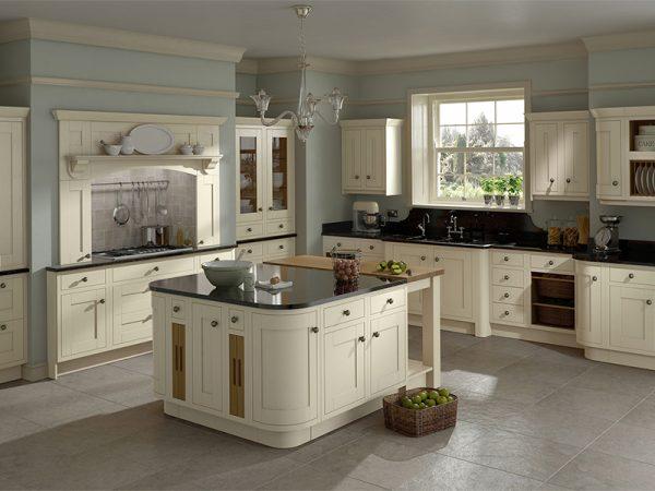 29 Harewood kitchen in Alabaster