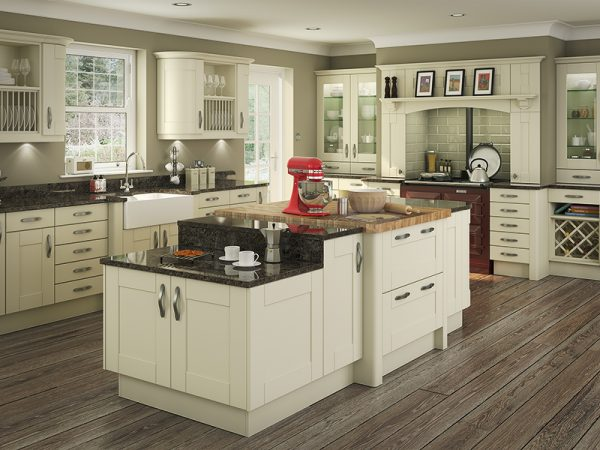 6 Shaker Clayton Kitchen in alabaster