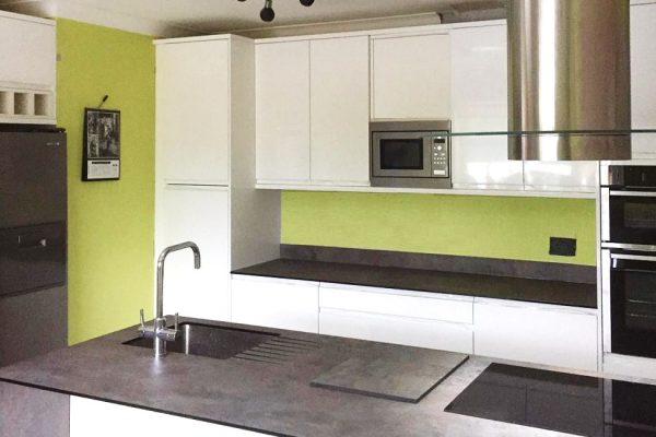 Kitchen-Fitter-Worcester-600x400.jpg